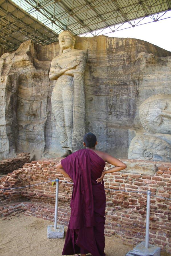 冥想的修士站立菩萨,斯里兰卡 库存图片