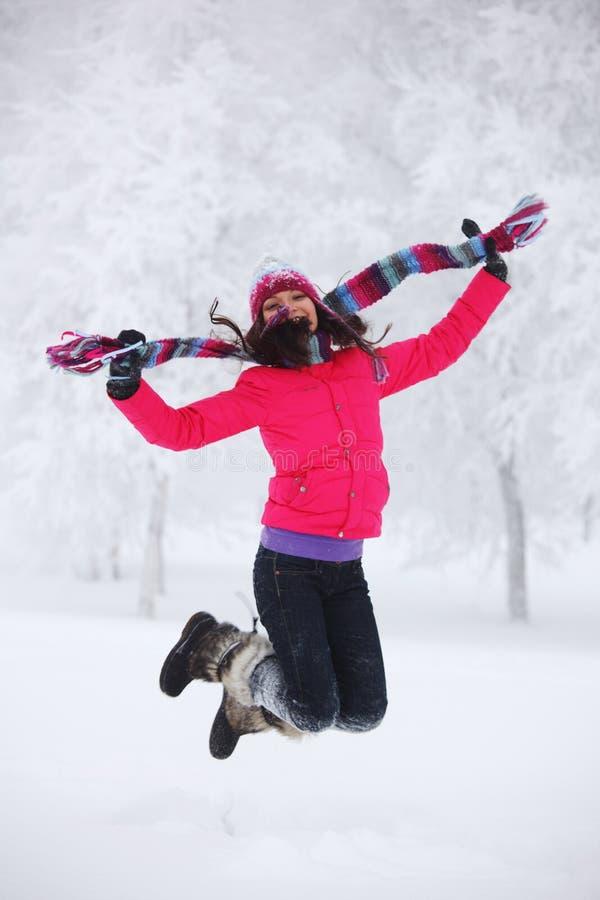 冬天妇女跳 免版税库存图片