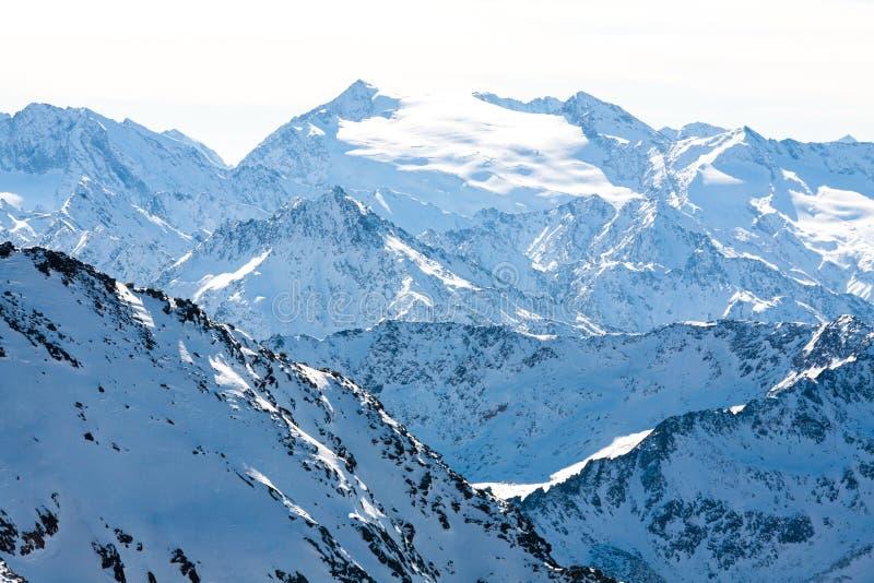 冬天山风景 阿尔卑斯山,奥地利,Stubai,Stubaier Gletscher手段 库存图片