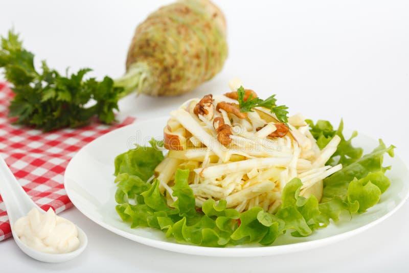 冬天沙拉用芹菜和苹果 免版税库存图片