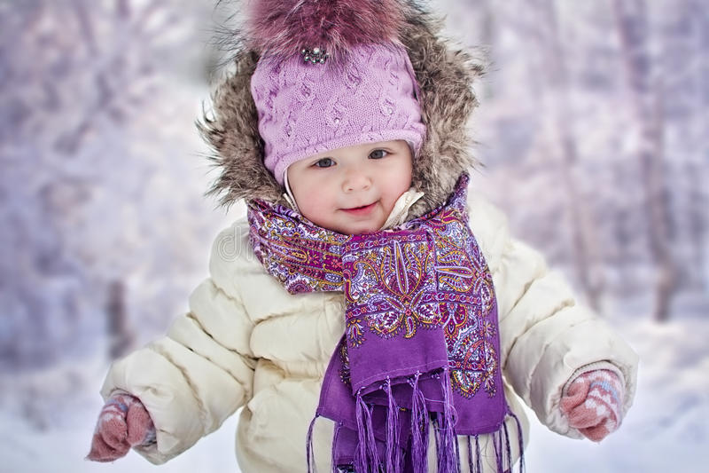 冬天的女婴 库存照片
