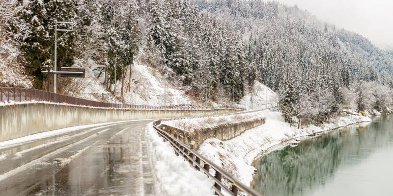 冬天风景日本 免版税库存照片