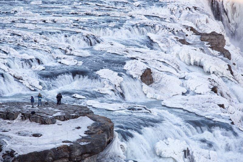 冰冷的古佛斯瀑布瀑布在冬天 免版税库存图片
