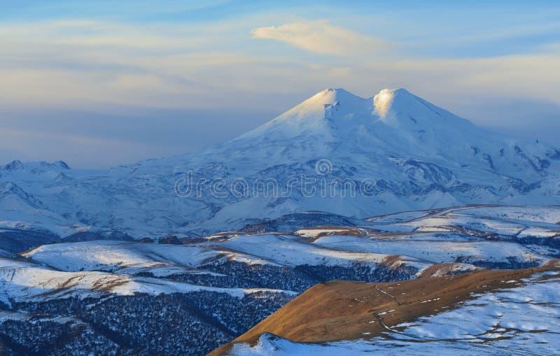 冰冷的山顶 免版税库存照片