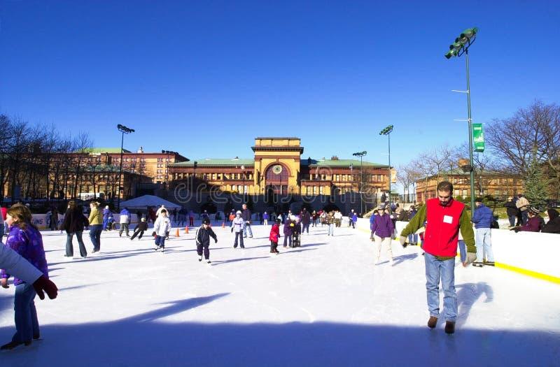 滑冰在街市上帝, RI 库存图片