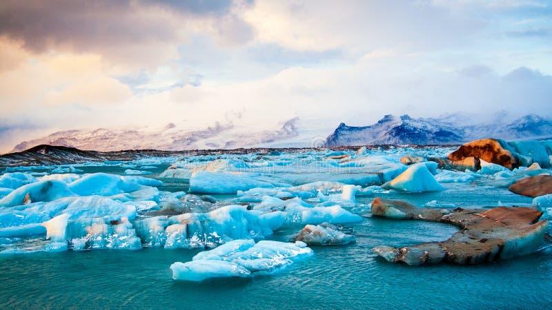 冰山冰岛冬天 免版税库存照片
