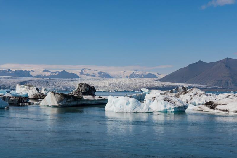 冰山在Jokulsarlon冰川盐水湖在冰岛 库存照片