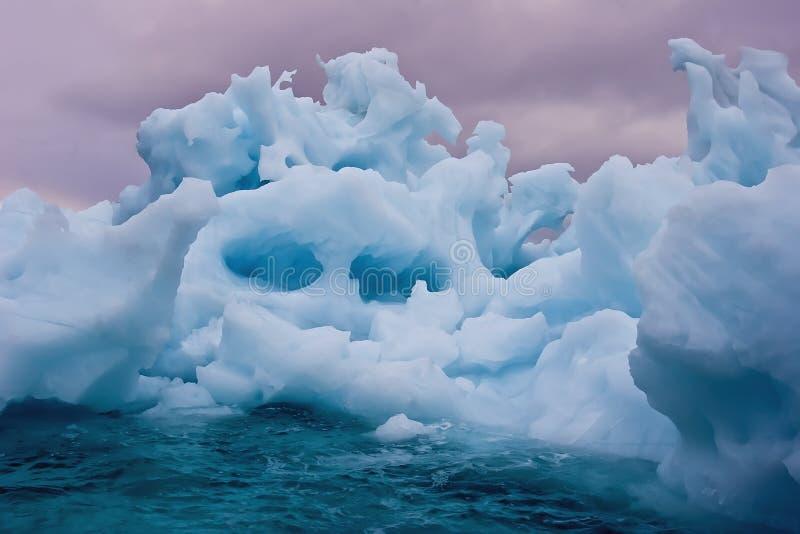 冰山日出 库存图片