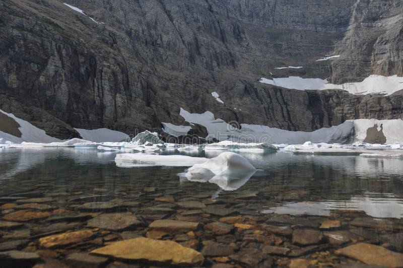 冰山足迹在冰川国家公园,蒙大拿,美国 免版税库存照片