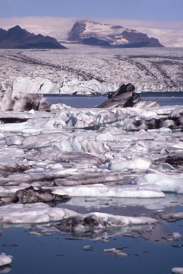 冰山jokulsarlon盐水湖 免版税库存照片