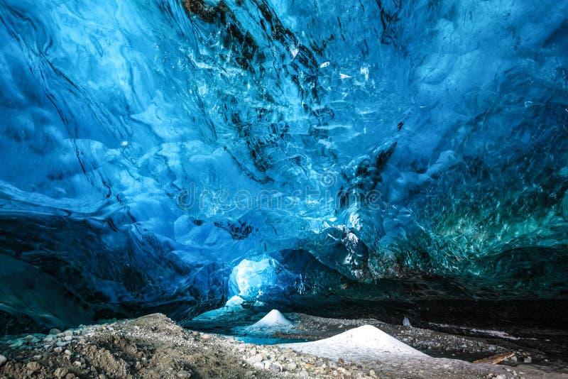 冰岛冰洞 图库摄影