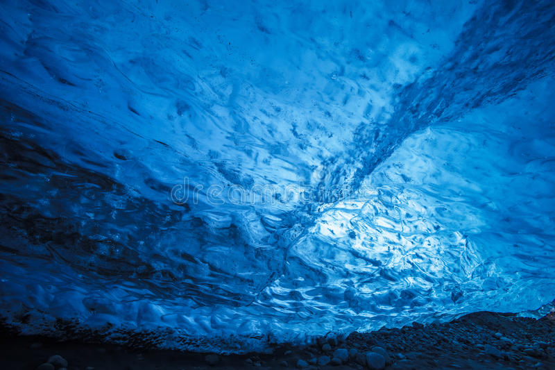 冰岛冰洞 免版税库存照片