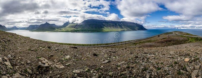 冰岛半岛全景在Sudavik附近镇的  库存图片