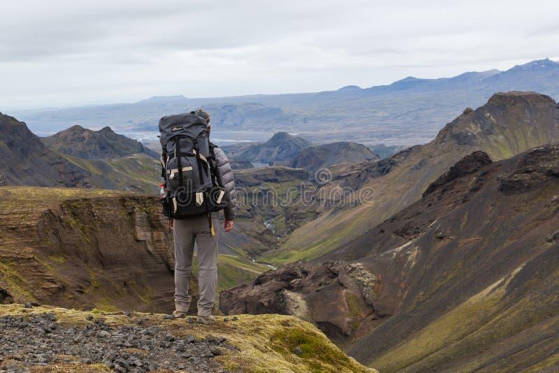 冰岛- 2016年8月10日:唯一男性旅客与 图库摄影