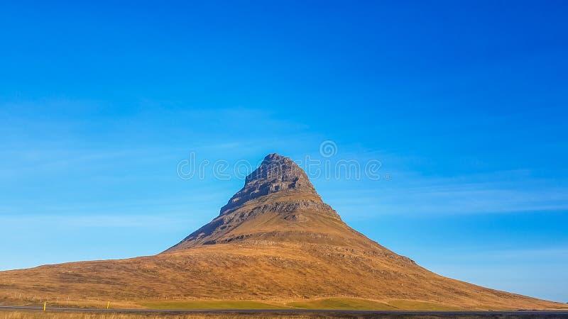 冰岛- Kirkjufell山 免版税库存照片