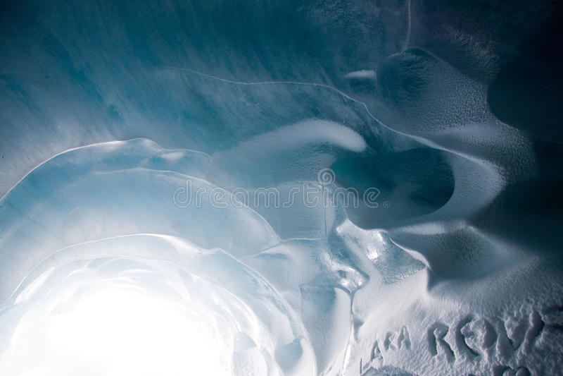 Download 冰川 库存照片. 图片 包括有 旅游业, 蓝色, 法国, 输出, 冬天 - 22353568