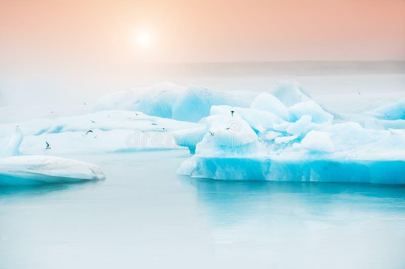 冰河冰岛jokulsarlon盐水湖 免版税库存图片
