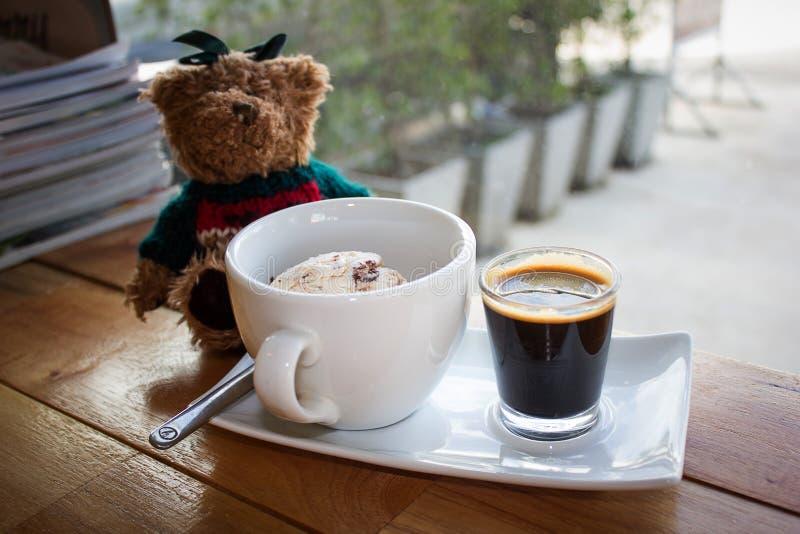 冰淇凌用冰冻咖啡 免版税库存照片
