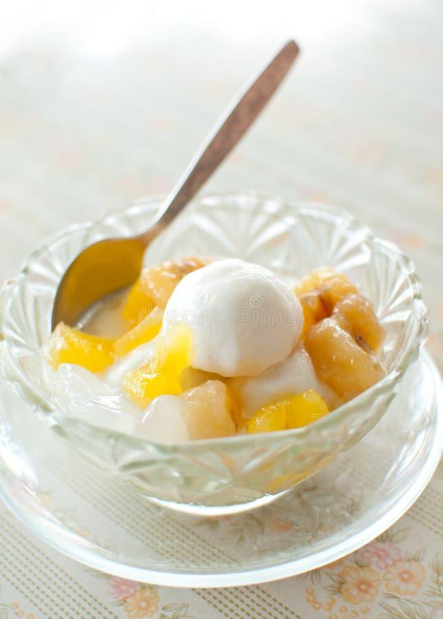 冰淇凌用泰国点心 免版税图库摄影