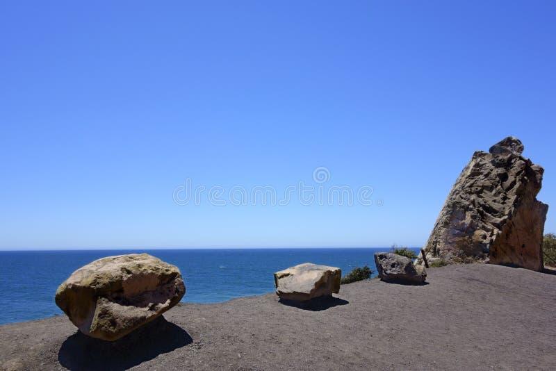 冰砾和峭壁,点Mugu,加州 免版税库存图片