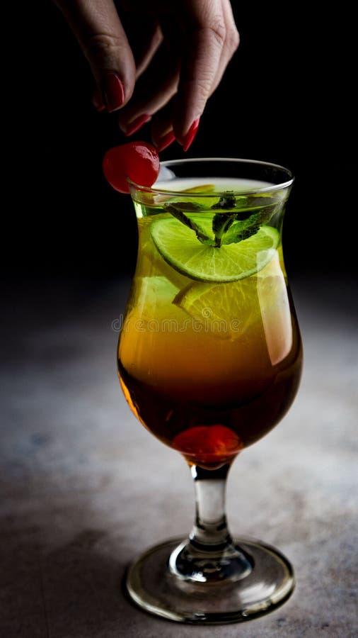 冰茶coctail饮料 免版税库存图片