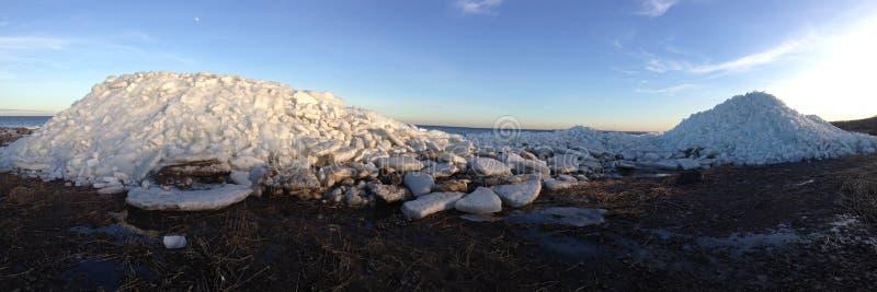 冰;冰山,海滩,冰山 库存照片