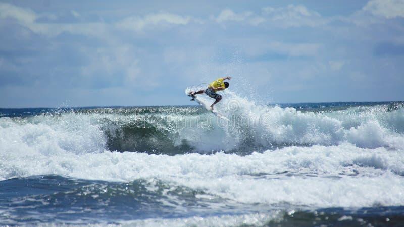 冲浪的海滩埃尔莫萨Puntarenas哥斯达黎加 库存图片