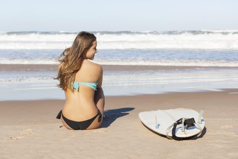 冲浪者女孩 库存照片