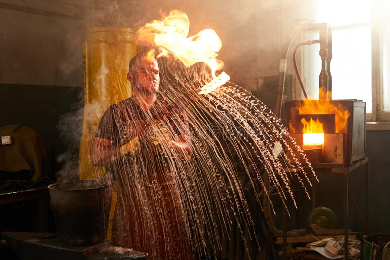 冷却的生火金属制品 免版税库存图片