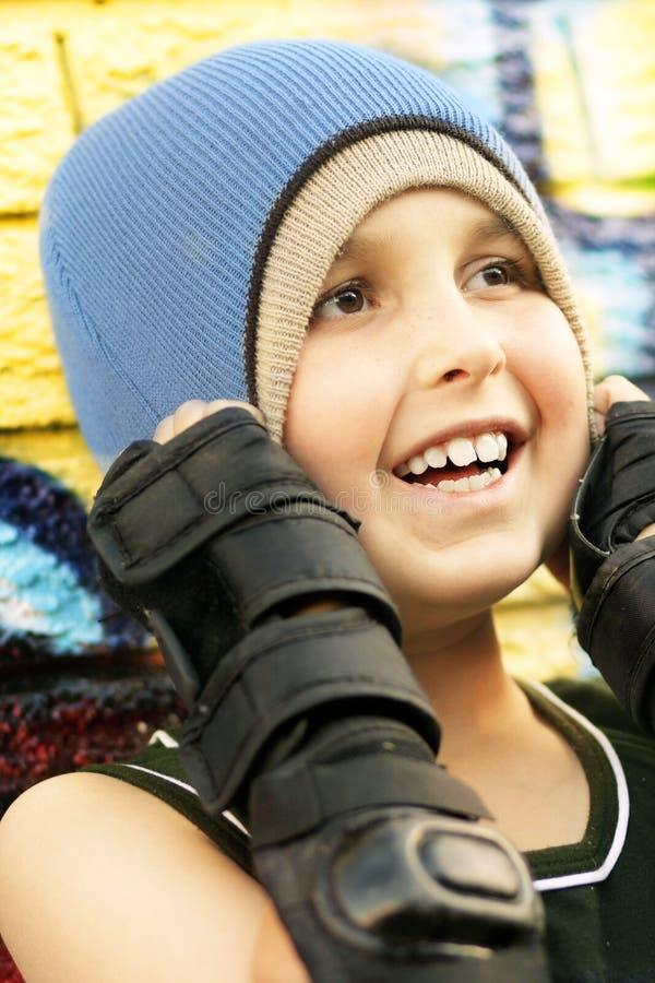 Download 冷却花花公子 库存图片. 图片 包括有 编织, 人们, 作用, gibbeting的, 都市, 孩子, 油漆, 子项 - 65551