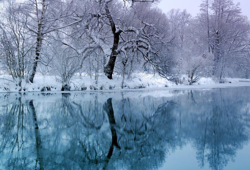 冷河时间冬天 库存图片