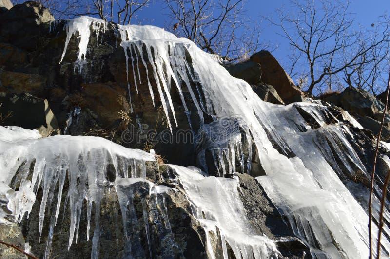 冷的岩石 库存图片