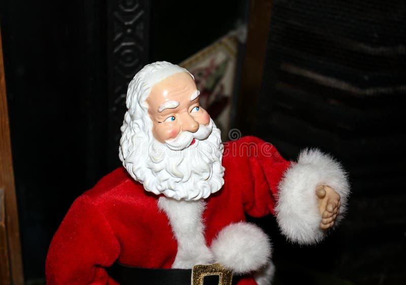 准备好的圣诞老人提供他的礼物 免版税库存图片