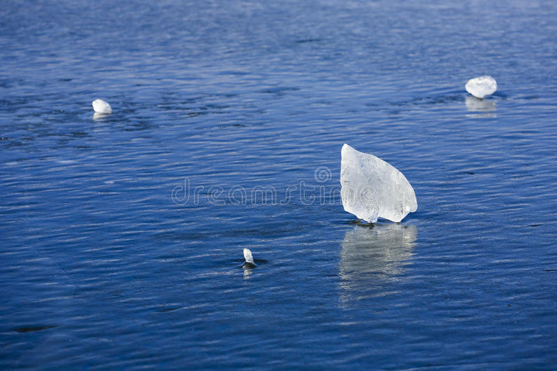 凉快的蓝色冰床 免版税库存图片