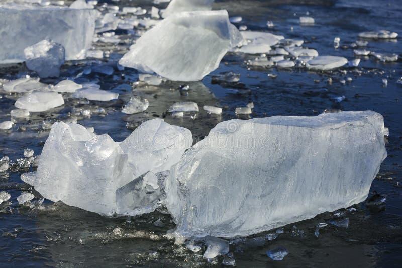 凉快的蓝色冰床 库存图片