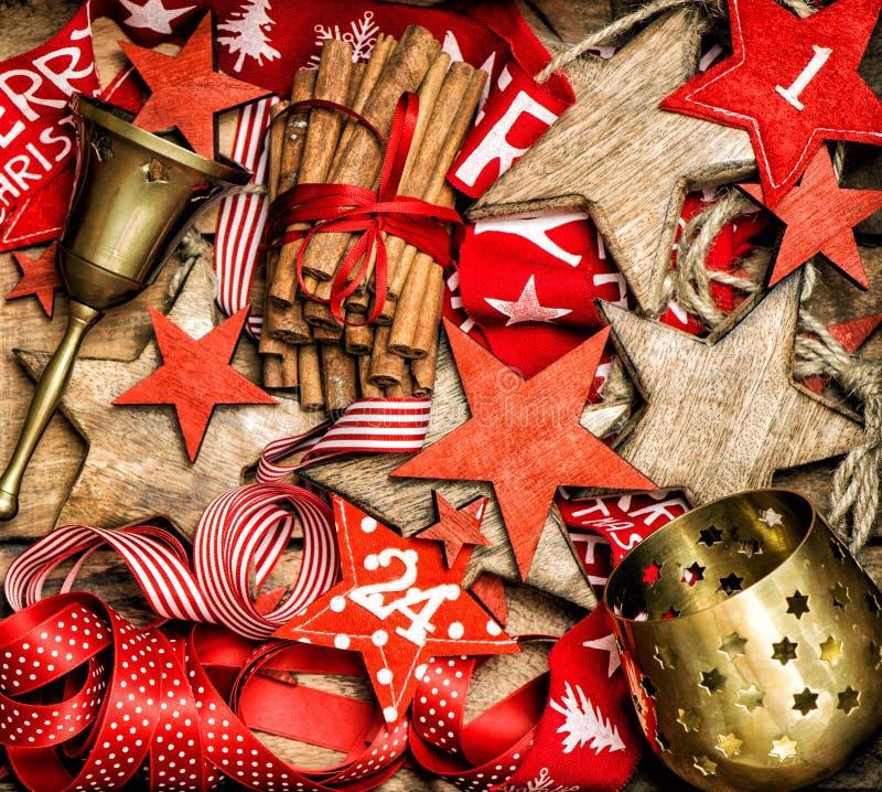 减速火箭圣诞节装饰装饰品葡萄酒装饰的对象 图库摄影