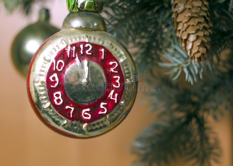 减速火箭的圣诞树玩具 免版税库存照片