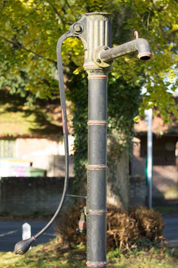 减速火箭的村庄水泵 库存图片