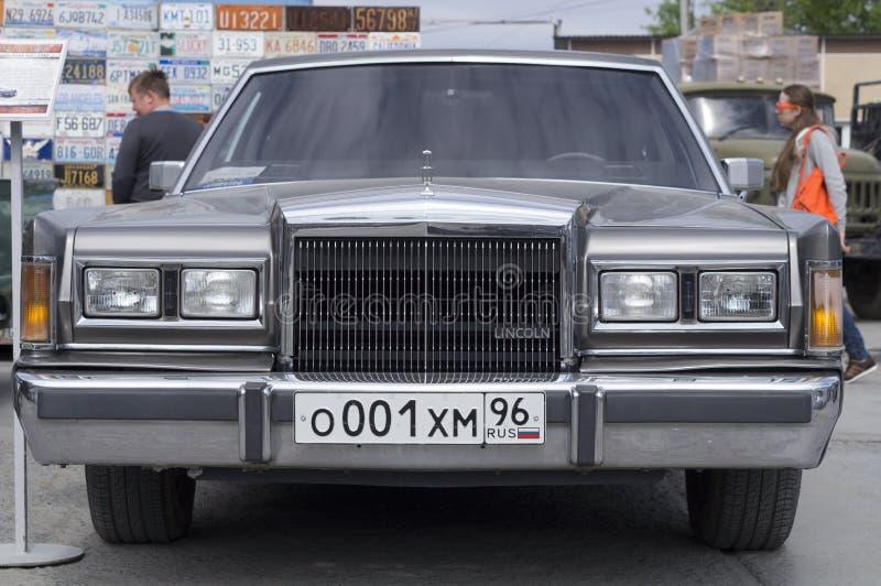 减速火箭的汽车林肯镇汽车1989发行 图库摄影