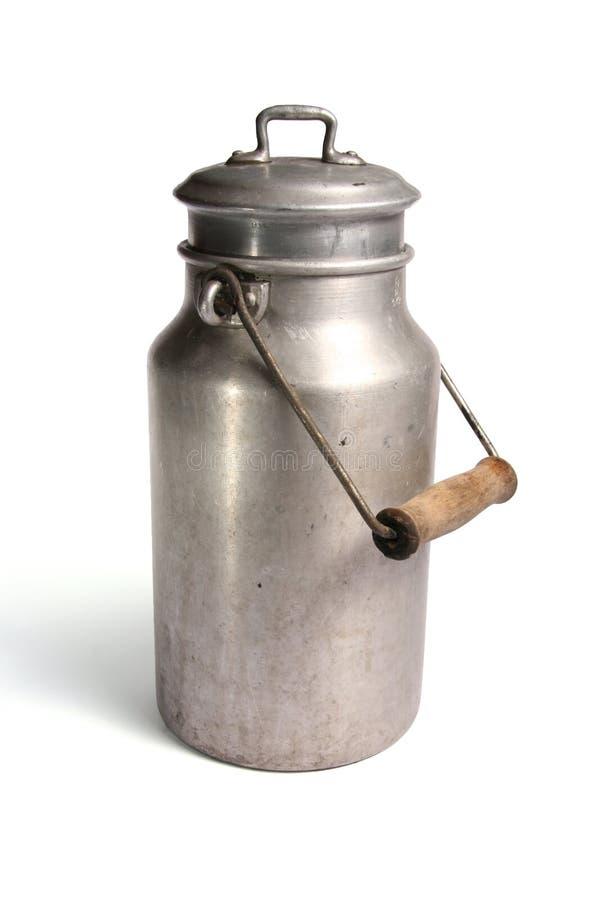 减速火箭的罐装牛奶 免版税库存照片