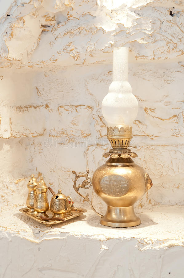 减速火箭的金灯笼,葡萄酒 装饰 图库摄影