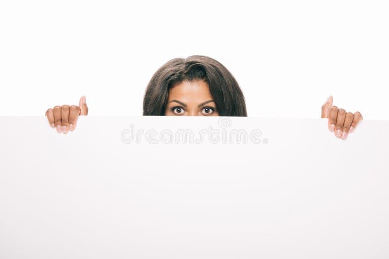 凝视年轻非裔美国人的妇女空白的横幅 免版税库存图片