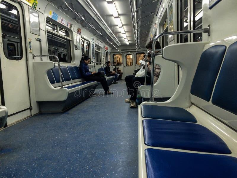 几乎空的地铁的人们 免版税图库摄影