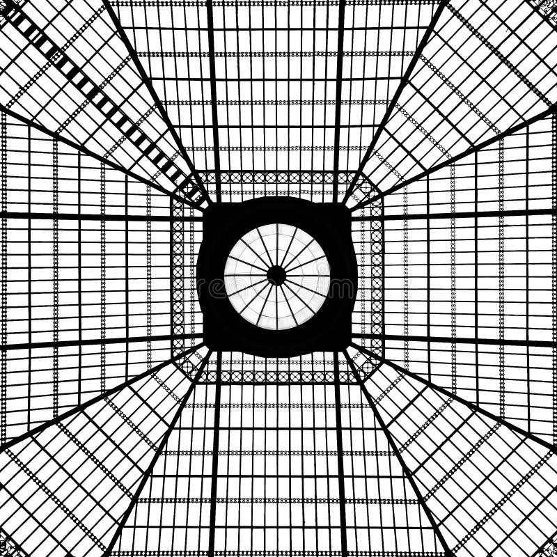 Download 几何天窗样式 库存照片. 图片 包括有 单色, 对称, 拱道, 内部, 顽皮地, 装饰, 葡萄牙, 最高限额 - 72352622