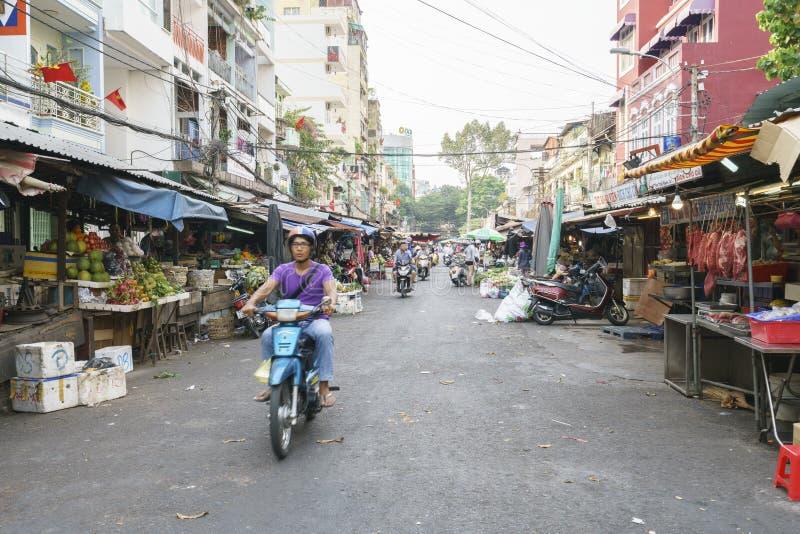 凯爱城市ho市场minh街道 免版税图库摄影