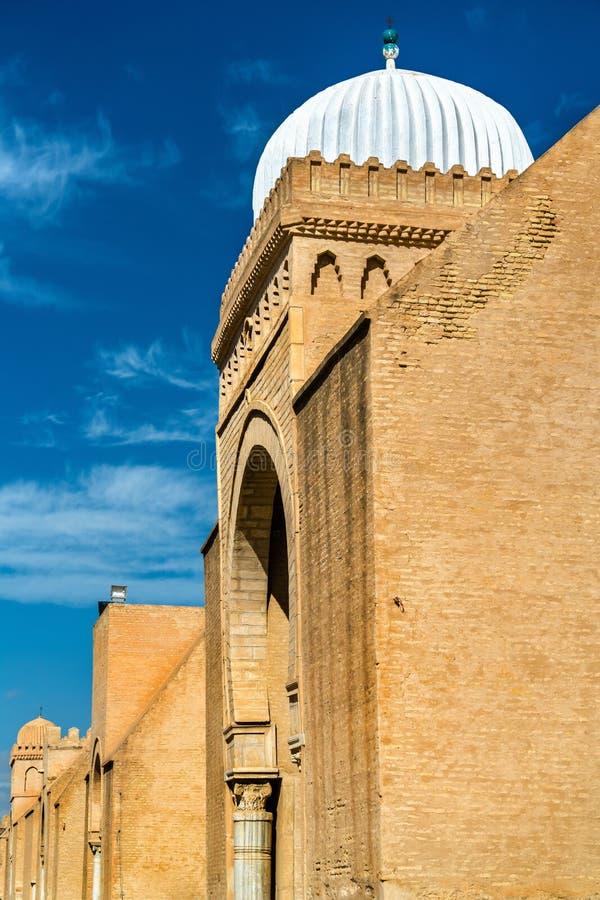 凯鲁万清真大寺的墙壁在突尼斯 库存照片