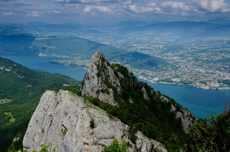 凹痕du闲谈在法国阿尔卑斯 免版税库存图片