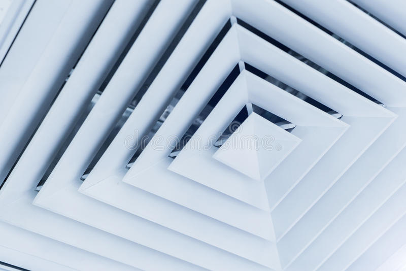出气孔在办公室 免版税库存图片