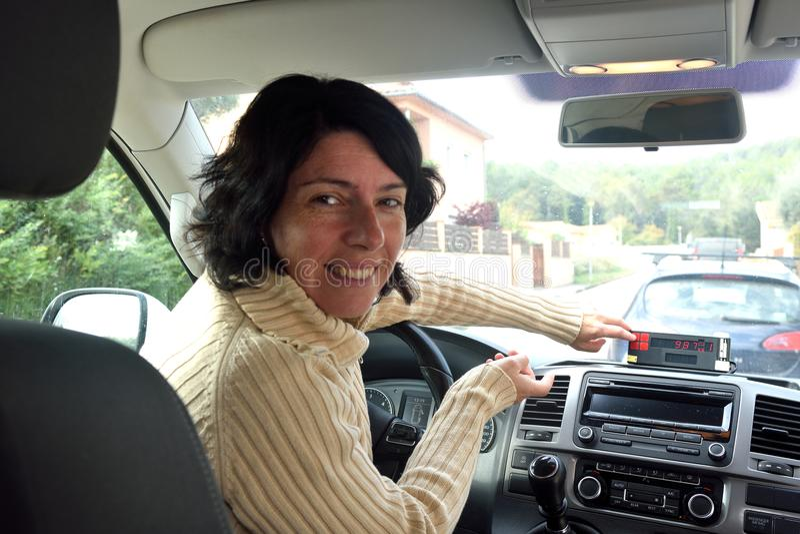 出租汽车司机妇女 库存图片