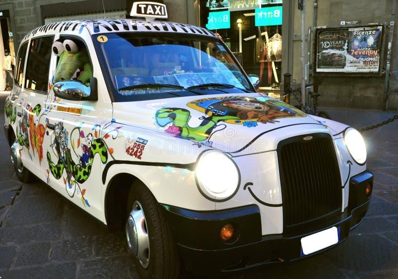 出租汽车在佛罗伦萨市,意大利 库存图片